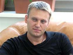 Хакер, взломавший почту Навального, дал интервью