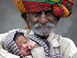 Индийский фермер стал отцом в возрасте 90 лет