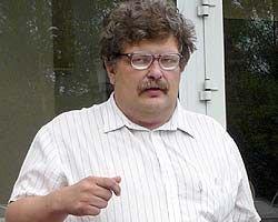 """Член клуба \""""Что? Где? Когда?\"""" Георгий Жарков приговорен к четырем с половиной годам условно за похищение человека и сексуальное насилие"""