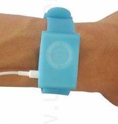Часы со встроенным iPod shuffle