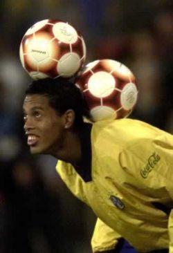 Роналдиньо хочет испанское гражданство