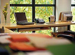 Столичные предприниматели переносят офисы за пределы города