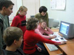 """В Алтайском крае вводят систему, блокирующую школьникам на уроках доступ к \""""плохим\"""" сайтам"""
