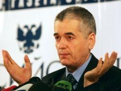 Онищенко пригрозил ввести запрет на таджикских мигрантов