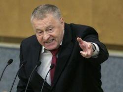 Жириновский предложил бросить спецназ на помощь летчику