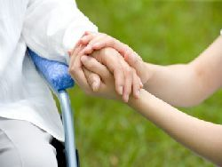 Ученые: помогать другим полезно для здоровья