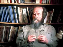 Александр Солженицын: демократия не приходит сверху