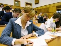 Выпускников вузов заставят подтверждать квалификацию