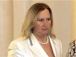 Жену Лужкова задержали в аэропорту Великобритании
