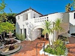 Чарли Шин продал особняк в Лос-Анджелесе