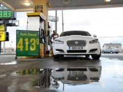 """Jaguar XF проехал 4641 км на четырех баках """"солярки"""""""