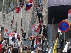 Франция отозвала своего посла в Сирии