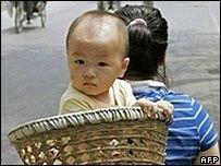 Китай хочет исправить дисбаланс полов