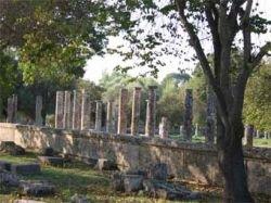 Археологические памятники Древней Олимпии спасли от пожара