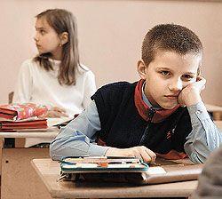 Московским школьникам добавили уроки и облегчили учебники