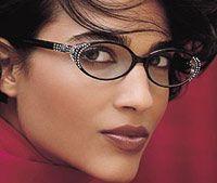Как надо краситься, если носишь очки