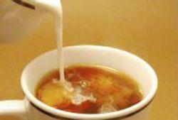 Молоко снижает защитный эффект чая