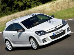 Opel показал особую версию хэтчбека Astra OPC