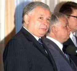 Братья Качиньские оказались втянуты в громкий политический скандал