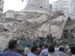 Число погибших при обрушении дома в Баку увеличилось до семи человек