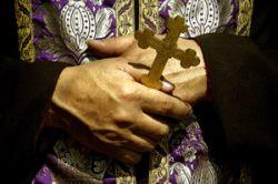 ГАИ борется с авариями с помощью священников