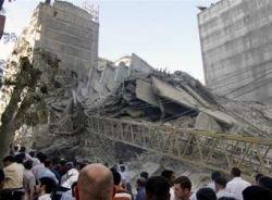 Под завалами рухнувшего дома в Баку найдены тела 11 погибших