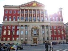 ФАС запретила Лужкову продавать квартиры исключительно москвичам