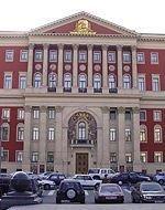 Москвичам противостоят «строительные банды»
