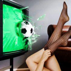 Просмотр футбольного матча полезнее секса