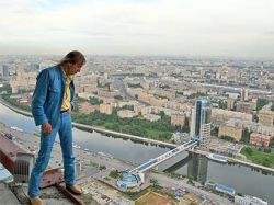 Паук без паутины: Ален Робер заберется на башню в Москве