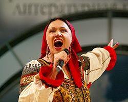Надежда Бабкина предлагает властям регионов оплачивать из местных бюджетов концерты в предвыборный период