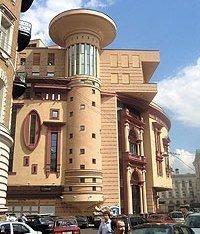 Почему здания российских театров блекнут на фоне западных сцен