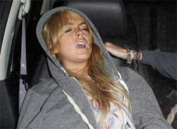 Линдси Лохан поймали на наркотиках прямо в клинике