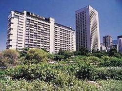 """Чавес переименовал гостиницу Caracas Hilton в \""""Рассвет\"""""""