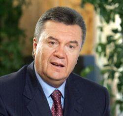 """Янукович пообещал построить мост """"Крым-Кубань"""" к 2012 году"""