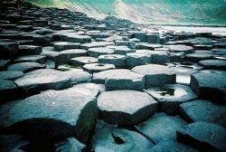 Мостовая гигантов – древняя достопримечательность Ирландии (фото)