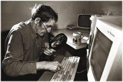 """Пенсионер \""""заминировал\"""" кабельного оператора за медленный Интернет"""