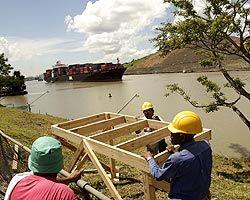 Панамский канал расширяют