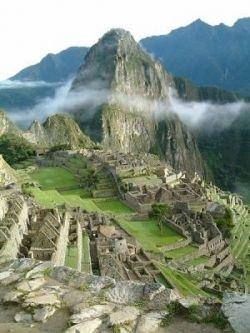 10 самых удивительных древних городов  (фото)