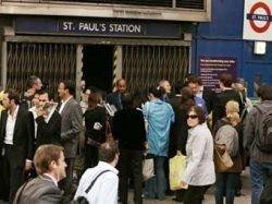 Работники лондонского метро приостановили забастовку