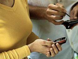 Милиция берет под контроль мобильные телефоны
