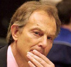 Блэр пытается быть миротворцем среди ракетных обстрелов и хаоса