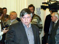 Экс-чемпион мира по шахматам не смог обыграть красноярского зэка