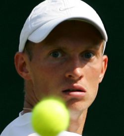 В полуфинале открытого чемпионата США по теннису будут играть трое россиян