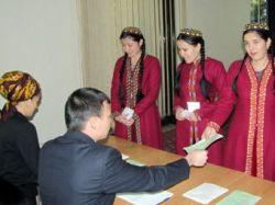 В Туркмении зарегистрировали восемь кандидатов в президенты