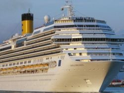 Капитан Costa Concordia оказался в шлюпке случайно?