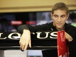 Виталий Петров может стать боевым пилотом команды Caterham