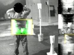 В Нью-Йорке разворачивает терагерцовый сканер оружия