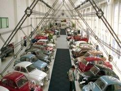 Обанкротившаяся компания Saab распродает свой музей
