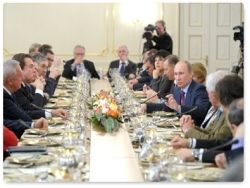 Владимир Путин встретился с руководителями и главными редакторами